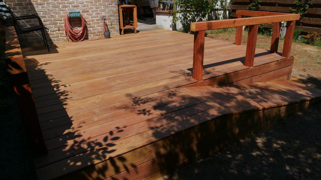 Terrasse en bois service d 39 am nagement plaisir vert for Jardinier bruxelles